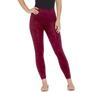 Spanx Cropped Look at Me Now Seamless Leggings xs